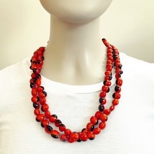 Vintage red & black painted bean bead necklace